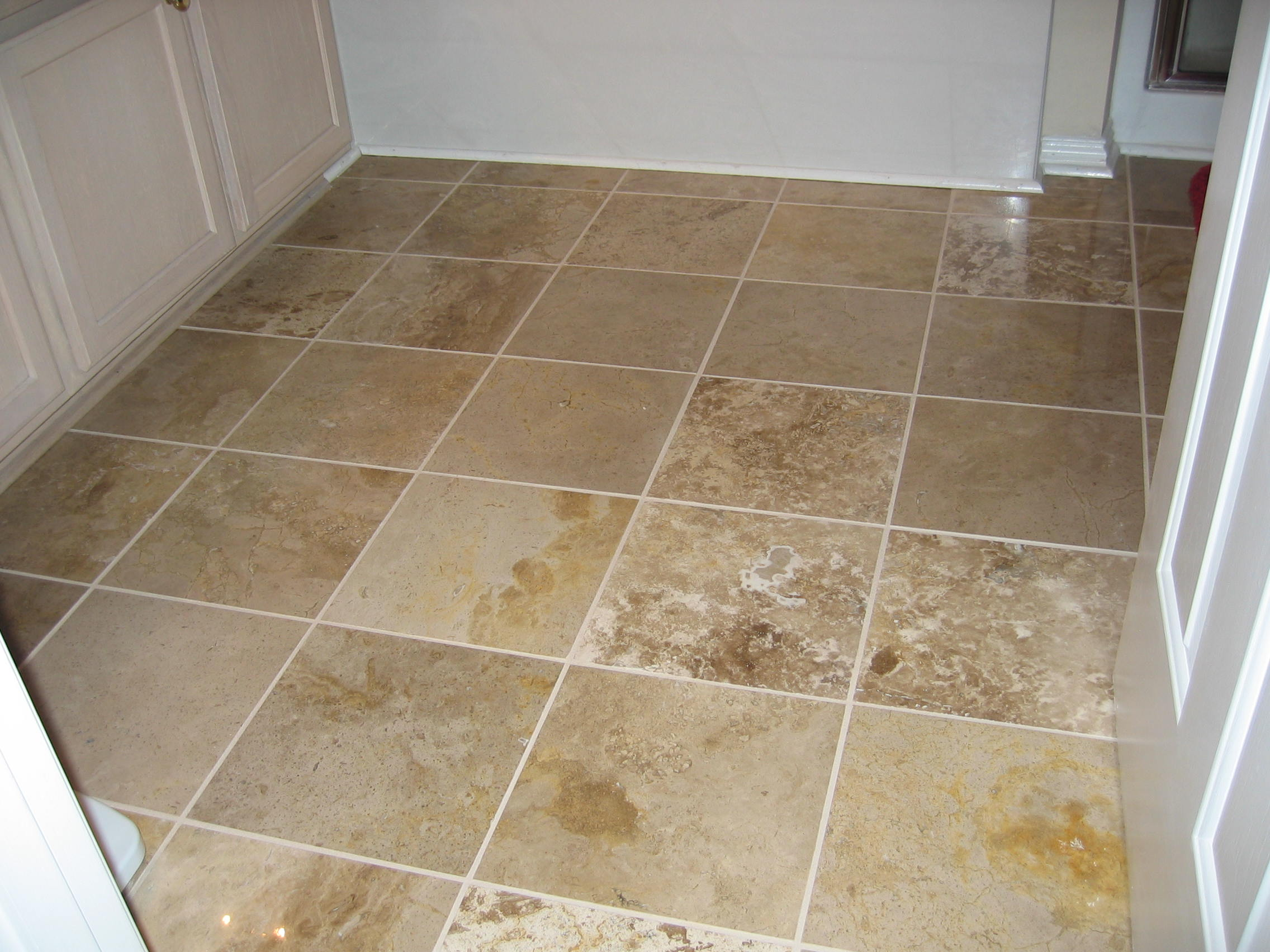 ... Travertine Tile In Bathroom ...